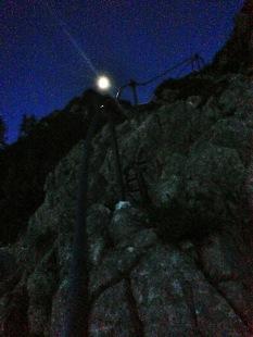 Nachts am Klettersteig
